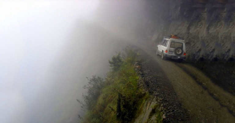 Világ legveszélyesebb útjai