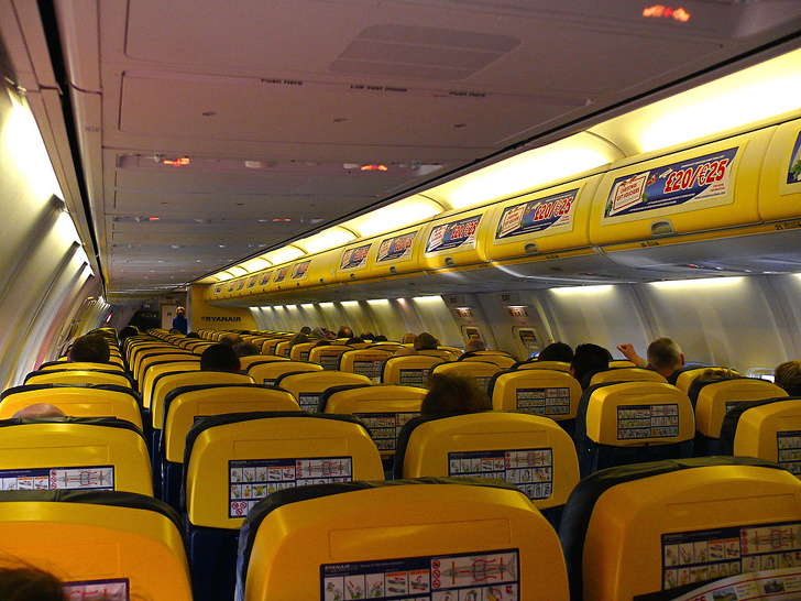 21598065 yellowryanair 1585716704 728 8c5b8e15e6 1590059559