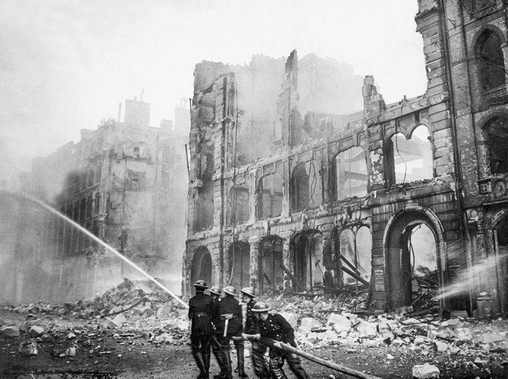 Buckingham palota lerombolása