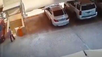 Leomlott parkolóház