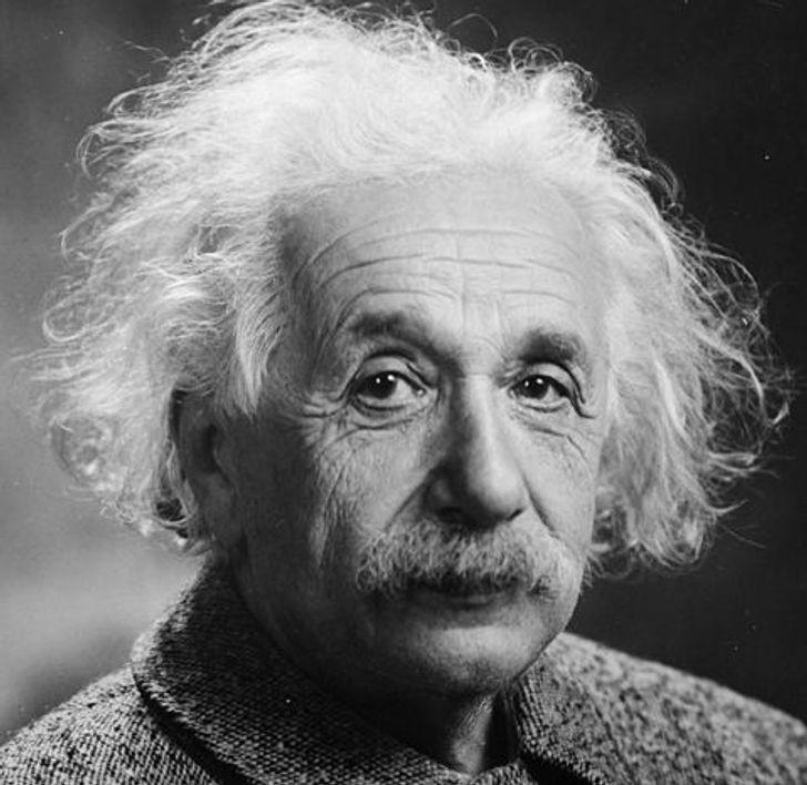 Einstein matematika