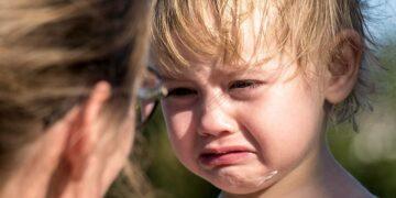 Gyermekek fizikai bántalmazása