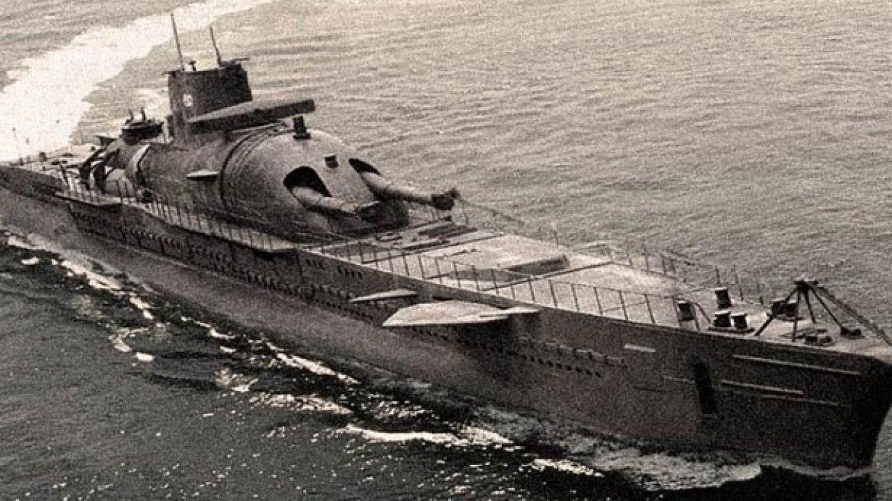 submarino surcouf 1280x720