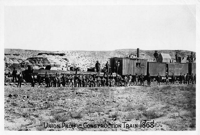 railroad construction 640x433